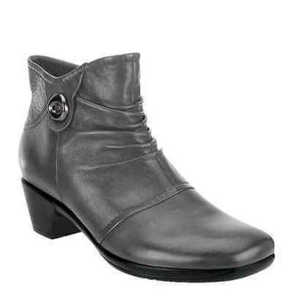 Earth Origins Shoes - Earth Origins Mallory ankle boot